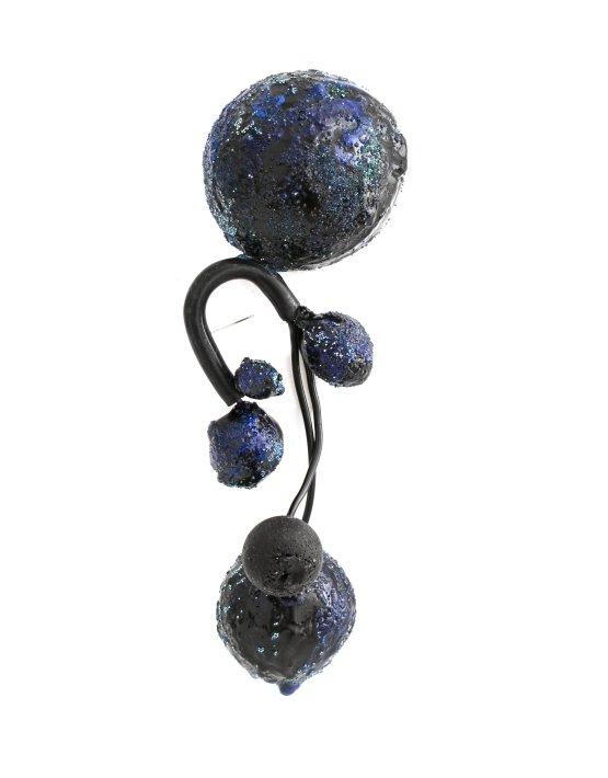 brosa-albastra-supradimensionata