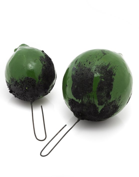 green-large-earrings-2