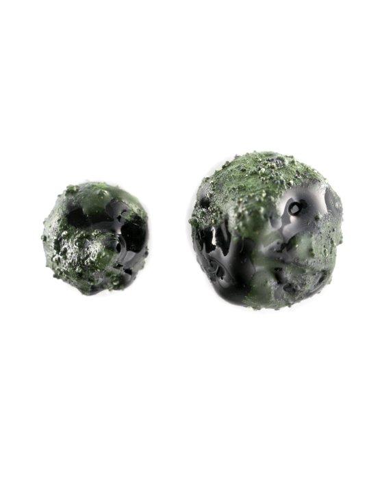 green-stud-earrings-1