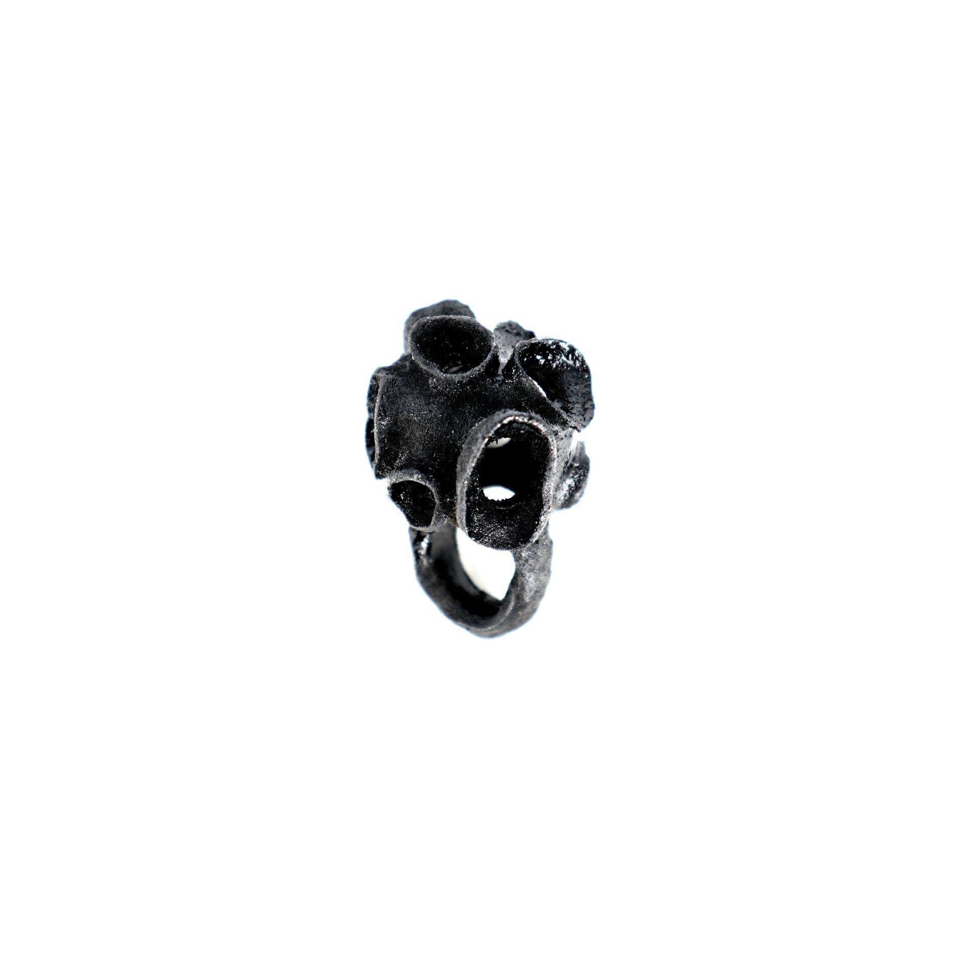 RESIN INTERMEZZO - BLACK RING NO.2
